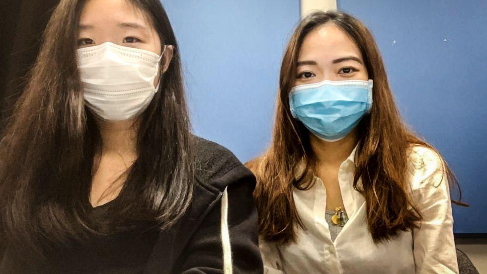 Christy Kan (vänster) och Kristy Lai.