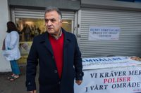 Salam Kurda har fått nog. Den 1 december stänger han sin butik i Husby centrum efter 32 år.
