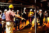 Nyfikna besökare på Forsmarks kärnkraftsanläggning.
