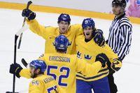 Tre Kronor-jubel under OS i Sotji, senaste gången NHL-spelare deltog i spelen. Nu är det klart att NHL är tillbaka i Peking i februari. Arkivbild.