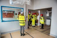 Nya Karolinska lokaler i Solna börjar ta form. Den 25 september 2015 ordnades en pressvisning av en del av lokalerna.