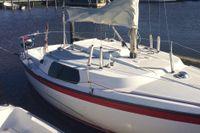 Ohlson 22. Budget-budget, men ändå rätt rolig att segla.