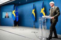 Socialminister Lena Hallengren och Folkhälsomyndighetens generaldirektör Johan Carlson.