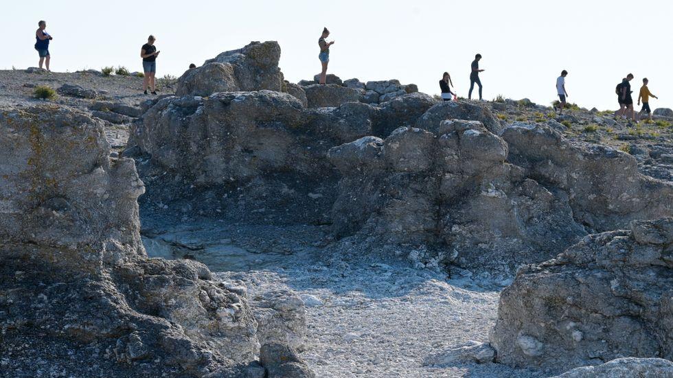 Fårö är ett av de områden på Gotland där vattenbristen är svår. Turistinvasionen tär på vattenreserverna. Arkivbild.