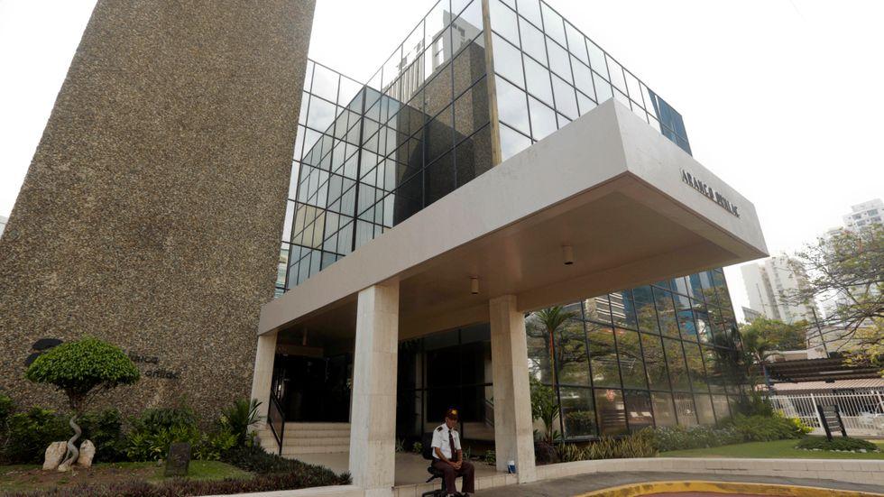 Fifflet i Panama är sådant som en anställd måste kunna larma om, skriver Fredrik Malm (L).