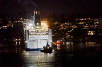 Färjan Princess Anastasia med drygt 1000 personer ombord gick på grund utanför Lidingö.