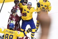 Patric Hörnqvist jublar efter sitt 4–3-mål.