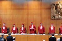 Domare vid Tysklands författningsdomstol då de på onsdagen förkunnade sitt beslut om att en lag mot aktiv dödshjälp strider mot konstitutionen.