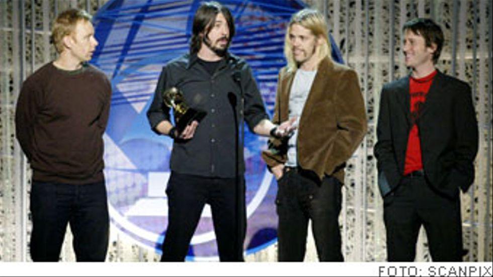 Foo Fighters 2004 när de fick en Grammy för bästa rockplatta.