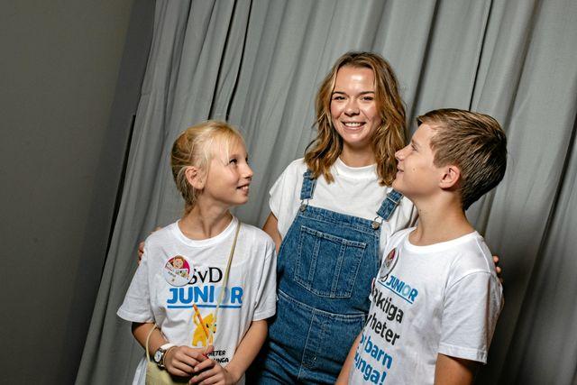 Juniorreportrarna Astrid och Anton hade förberett många frågor inför mötet med Margaux. De tyckte att det var spännande att träffa henne på Bokmässan i Göteborg.