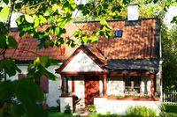 Paula Malms hus är K-märkt och har därför förblivit orört på utsidan. Paula Malm tog hjälp av arkitektbyrån Kastrup Sjunnesson som föreslog den öppna planlösningen.