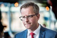 Näringsminister Mikael Damberg utlovat att en ny lagstiftning gällande utvisningar av högkvalificerad arbetskraft ska komma på plats omgående.