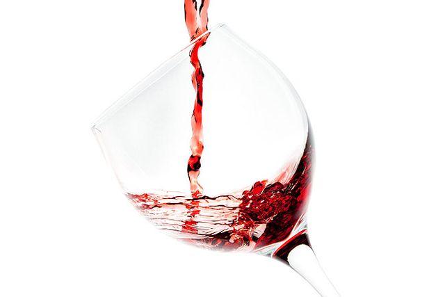 En lyxig karaff eller fint vinglas borde kunna lura vindrickaren att boxvinet smakar godare.