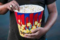 Genom att locka med gratis popcorn rusade biokedjan AMC:s aktie med 95 procent – på en dag.