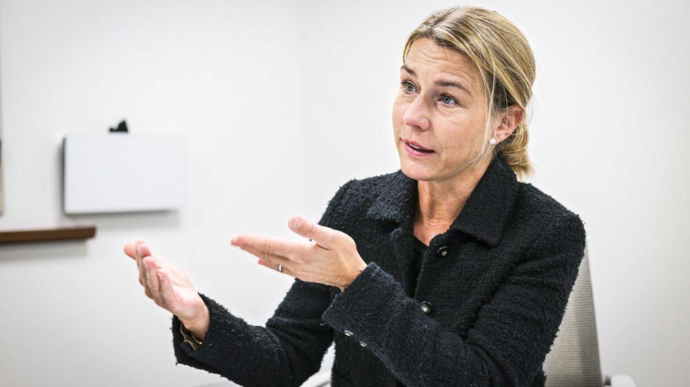 Lena Sellgren, chefsekonom på Business Sweden, är en av flera ekonomer som nu oroas av den framväxande vaccinationsnationalismen.