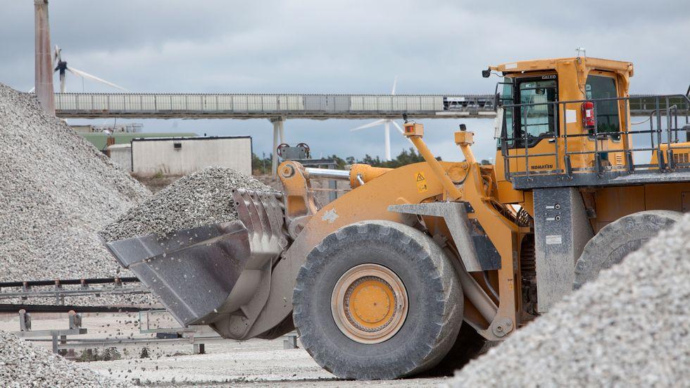 Mark- och miljööverdomstolen avvisade den 6 juli Cementas ansökan om att fortsätta och utöka täktverksamheten vid Slite på norra Gotland. I dagsläget kommer tre fjärdedelar av all cement som används i landet från Slite.
