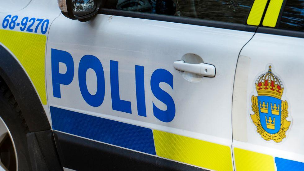 Polis, ambulanser och räddningstjänst fick rycka ut efter en olycka under en doplunch. Arkivbild.