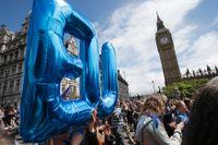 Londonbor demonstrerar för att Storbritannien ska stanna i EU.