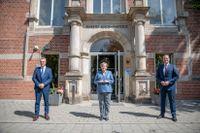 Angela Merkel, flankerad av smittskyddschefen Lothar Wieler och hälsominister Jens Spahn i Berlin på tisdagen.