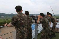 Sydkoreanska soldater nära den demilitariserade zonen. Arkivbild.