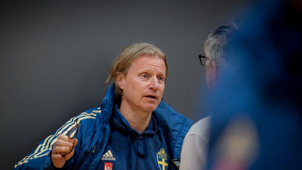 Svenska fotbollsherrarnas landslagschef Stefan Pettersson under söndagens pressträff dagen efter EM-kvalmatchen mot Rumänien.