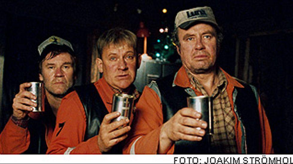 Jacob Nordenson, Tomas Norström och Lennart Jähkel som bröderna Marklund.