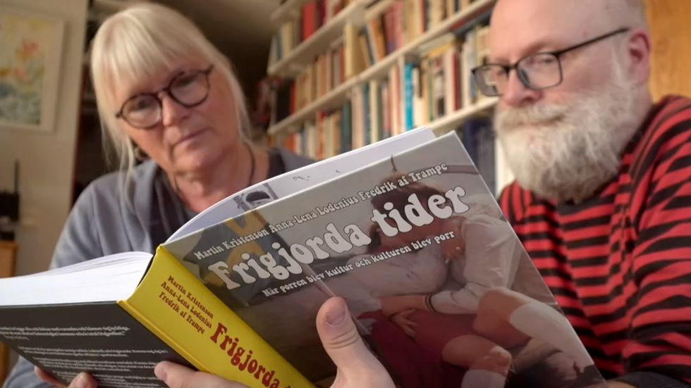 Lodenius och Kristenson intervjuas om boken Frigjorda tider i SVT:s kulturnyheter.