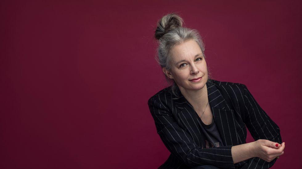 Sara Stridsberg är författare och dramatiker. För sina romaner har hon bland annat tilldelats Nordiska rådets pris och nominerats till Man Booker-priset.