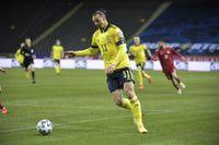 Zlatan Ibrahimovic & Co får spela sina EM-matcher i Sevilla och S:t Petersburg. Arkivbild.