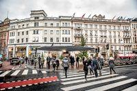Stureplanskvarteret kan och bör utvecklas, skriver Lotta Edholm och Björn Ljung.
