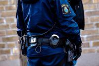 Polis finns på plats på en gymnasieskola i Arvika på grund av en ej specificerad säkerhetshändelse. Arkivbild.