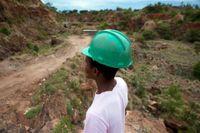 En gruvarbetare i Kwekwe i Zimbabwe. Bilden har inte med den aktuella olyckan att göra. Arkivbild.