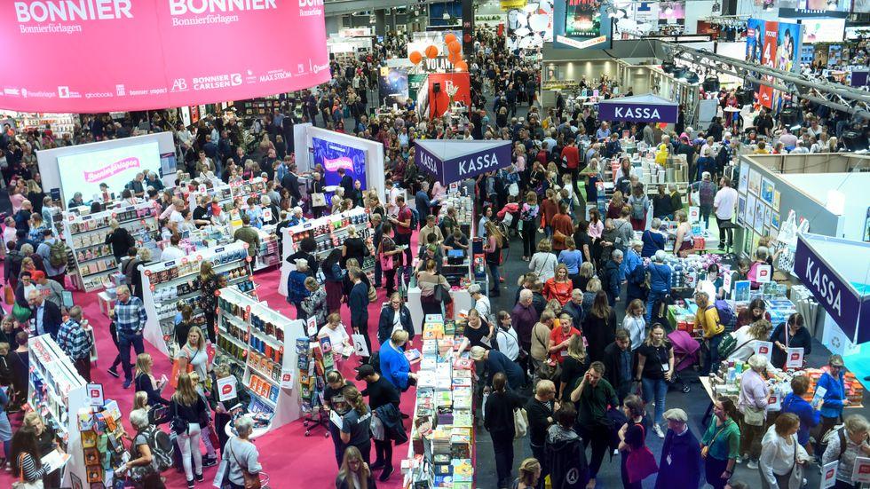 Sverige har en av Europas tristaste och mest småborgerliga bokbranscher, skriver Margit Richert.