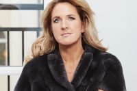 """Denise Rudberg: """"Jag kämpar mig igenom julen med hjälp av tryffelnougat"""""""