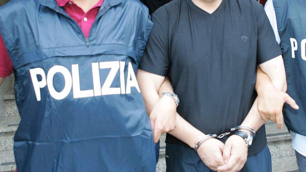 Polis har slagit till mot 'Ndranghetan i södra Italien. Bilden är tagen vid ett tidigare tillslag mot samma maffiaorganisation. Arkivbild.