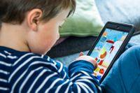 Högst en timmes skärmtid för barn under 5 år lyder WHO:s riktlinjer.