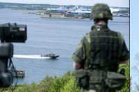 Luftvärnskompaniet som ingår i Nordic Battlegroup övar  sig mot luftangrepp i Göteborgs hamn i början av maj.