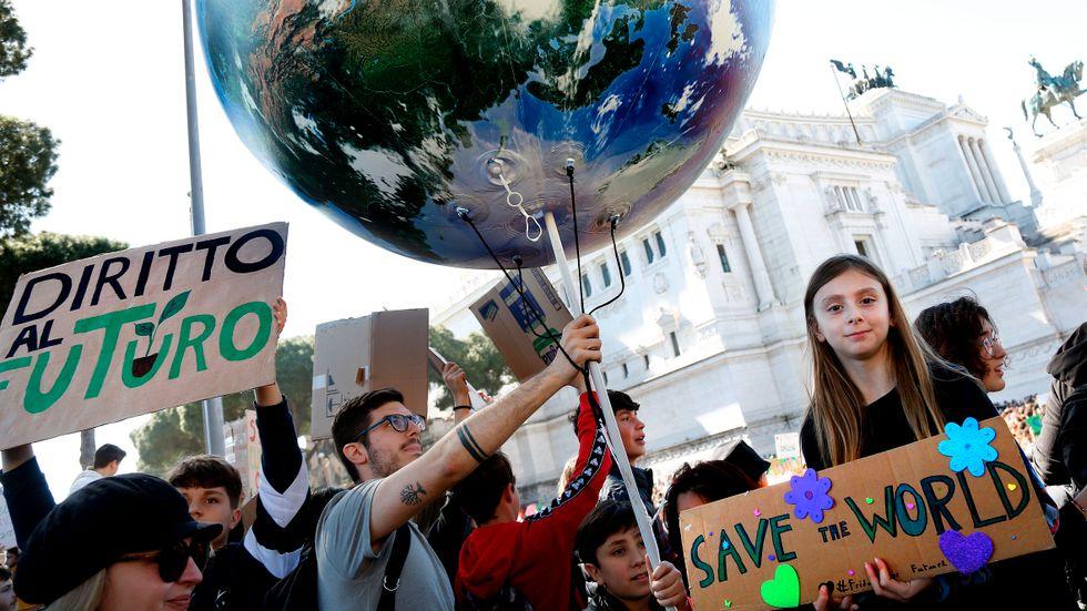 """""""M blockerar vägen till globalt koldioxidpris"""""""