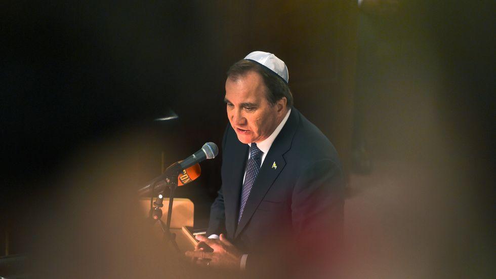 Stefan Löfven i Malmö synagoga på Förintelsens minnesdag 2016. Arkivbild.