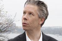 Erik Bergqvist, född 1970 skriver poesi och essäistik. 2020 tilldelades han Karl Vennbergs pris.