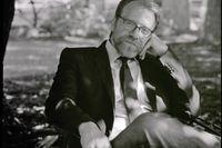 Bookerprisvinnaren George Saunders, född i Texas 1958, arbetade bland annat med oljeutvinning i Indonesien innan han gick över till att skriva på heltid.
