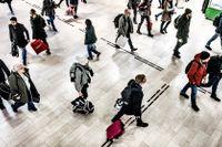 Inom kort, sannolikt i mitten av februari, kommer Sveriges befolkning passera tio miljoner invånare.
