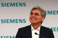 Tyska Siemens, med koncernchef Joe Kaeser, rapporterar om räkenskapsåret som avslutades i september. Arkivbild