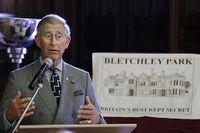 Husen vid Bletchley Park som hyste de hemliga kodknäckarna under andra världskriget förfaller.  En kampanj har startat som ska leda till att byggnaderna bevaras. Prins Charles besökte Bletchley Park tidigare i veckan.