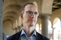 """""""Samhället måste ställa upp bakom de som väljer att anmäla och vittna"""", säger Jan Jönsson."""