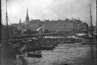 Fiskarhamnen i Stockholm 1896 –här höll sumprunkarna till.