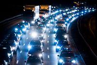 Julledigheten närmar sig – och så även trängseln i trafiken. Arkivbild.