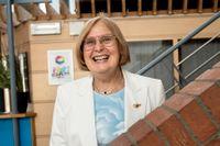 Barbara Bergström har vid flera tillfällen framhållit hur IES lyckades vända resultaten för kommunala Nibbleskolan i Järfälla.