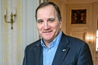Det var coronadistans när Stefan Löfven tog emot SvD Junior och juniorreportern Tilda i statsministerbostaden Sagerska huset.