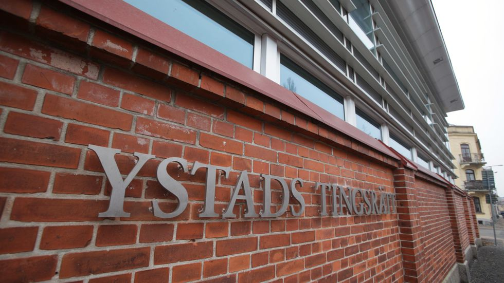 Tre personer från Motala har häktats för synnerligen grov knarksmuggling av Ystad tingsrätt. Arkivbild.